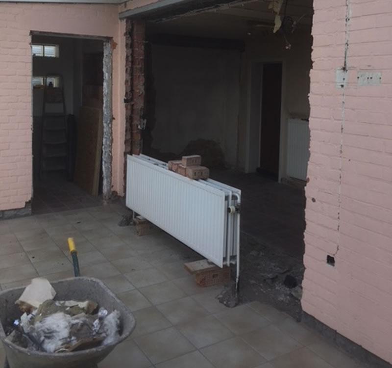 Plaatsen van terrasvloer, klinkerwerken en nieuwe veranda (1/10)